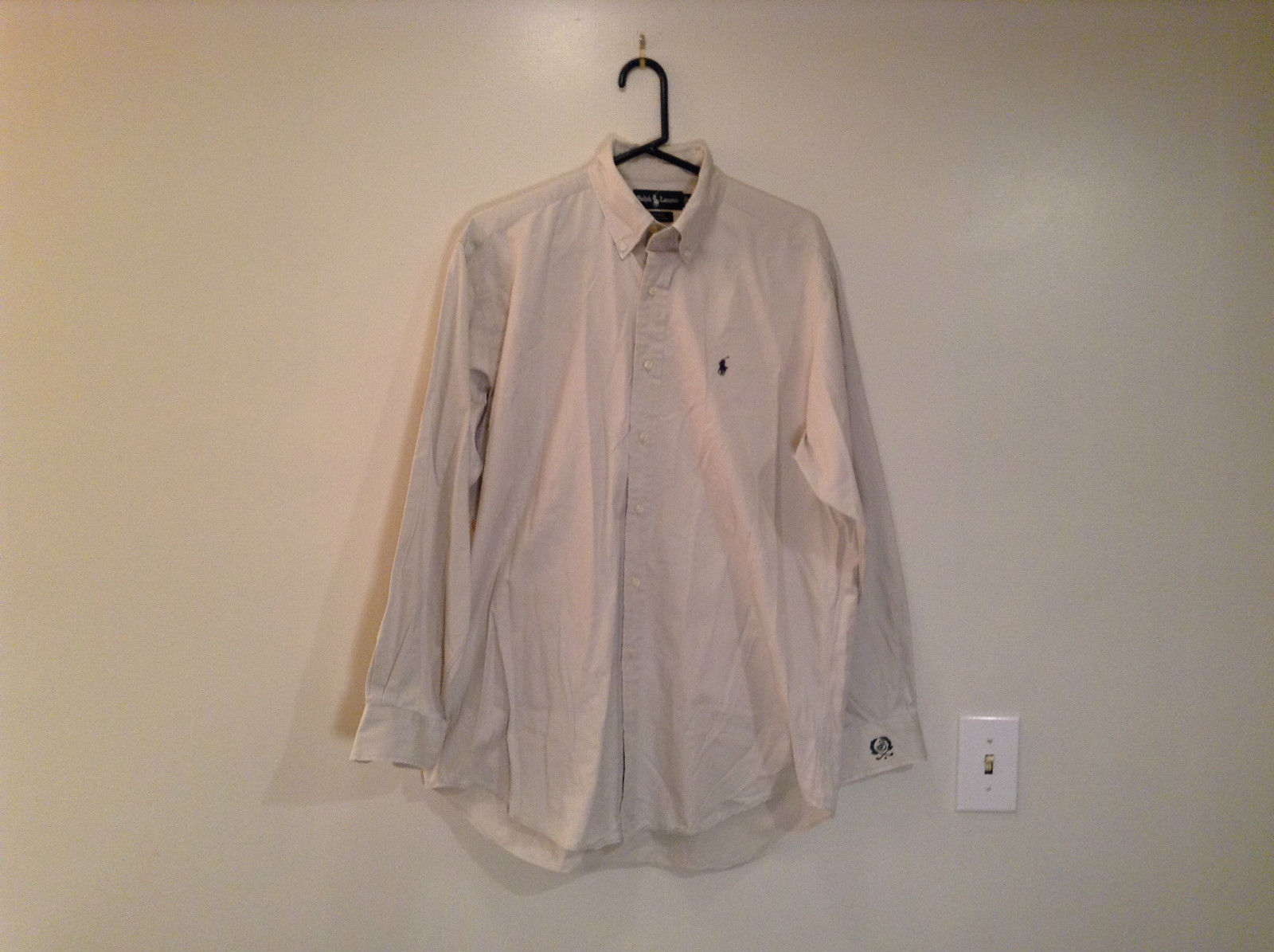 Light Gray 100 Percent Cotton Long Sleeve Ralph Lauren Shirt Size M Button Up