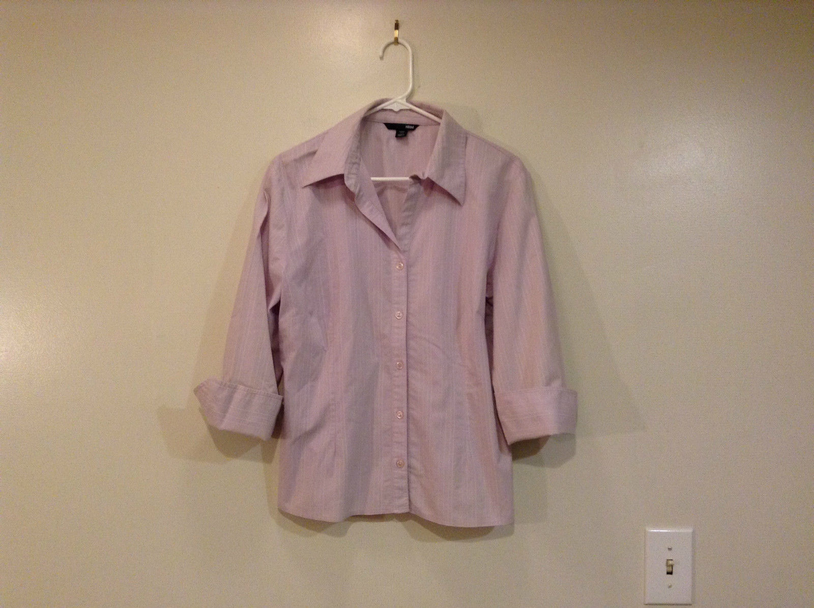 Light Violet Button Front V Neck H and M Shirt Size 14 Decorative Cuffs Stripes