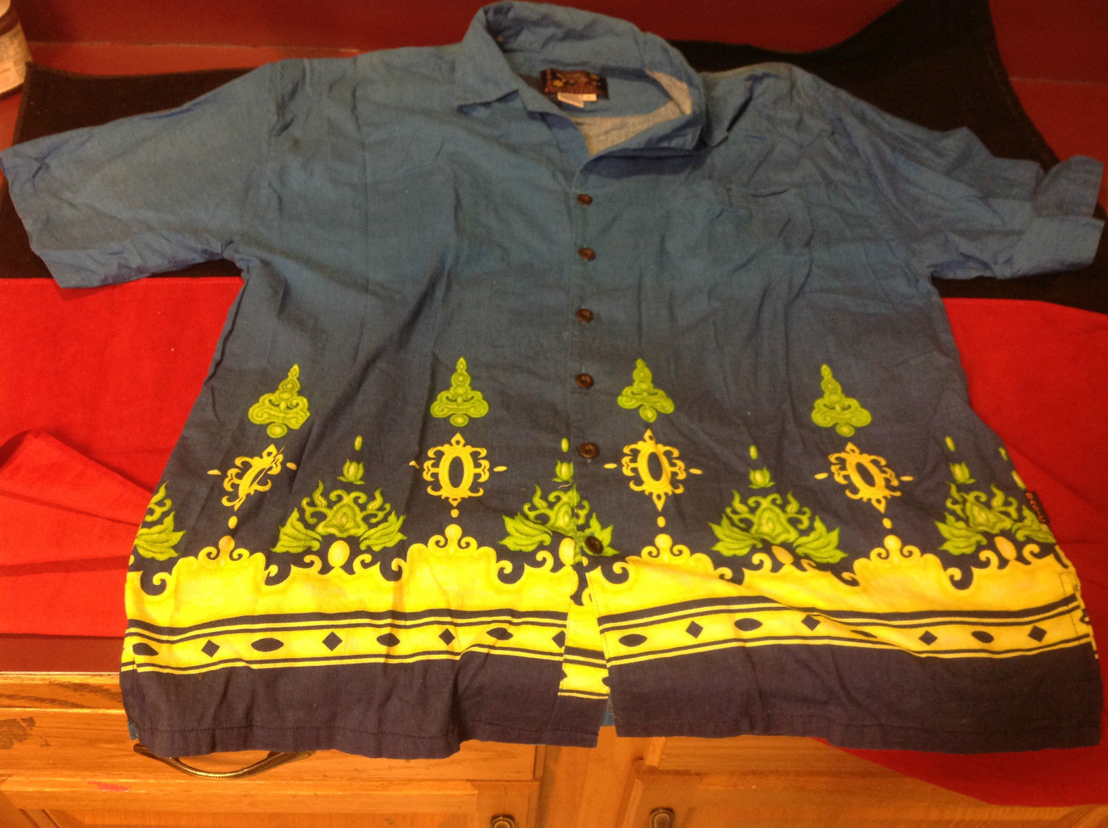 Hawaiian Mens Short Sleeved Shirt Blue Green Yellow Size Large
