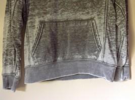 77 Kids by American Eagle Size M 10 Gray White Long Sleeve Sweatshirt image 3