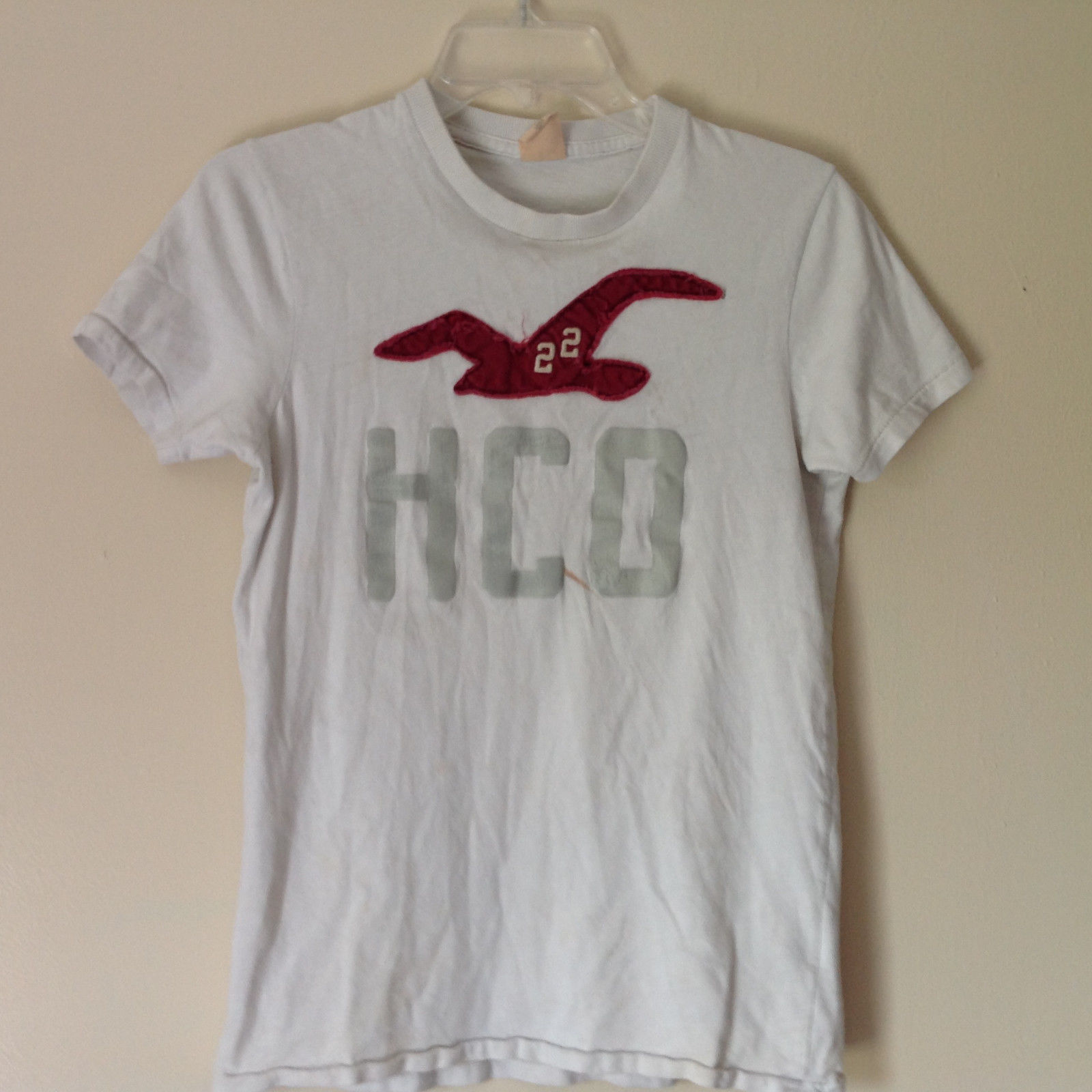 Hollister White Graphic T Shirt 100 Percent Cotton Short Sleeves Size Small