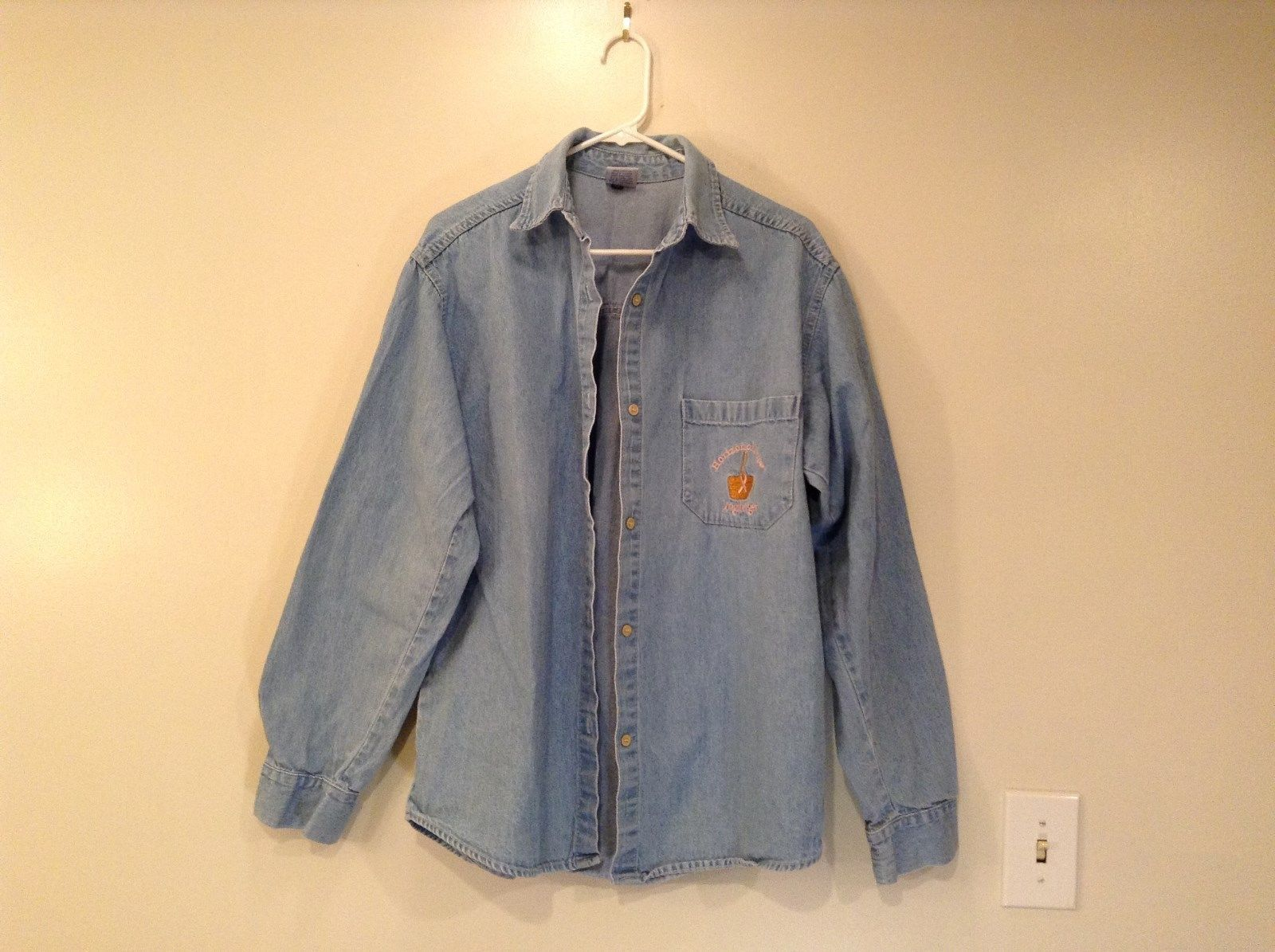 Horizon of Hope Longaberger by Tutti Light Blue Button Up Shirt Size XL