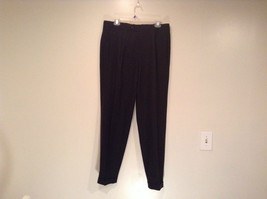 Hugo Boss Black Pleated Front Dress Pants Size 34R Wool Spandex Blend
