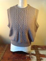 Lovely Tan Sleeveless Sweater Vest Acrylic and Wool Alfred Dunner Size XL
