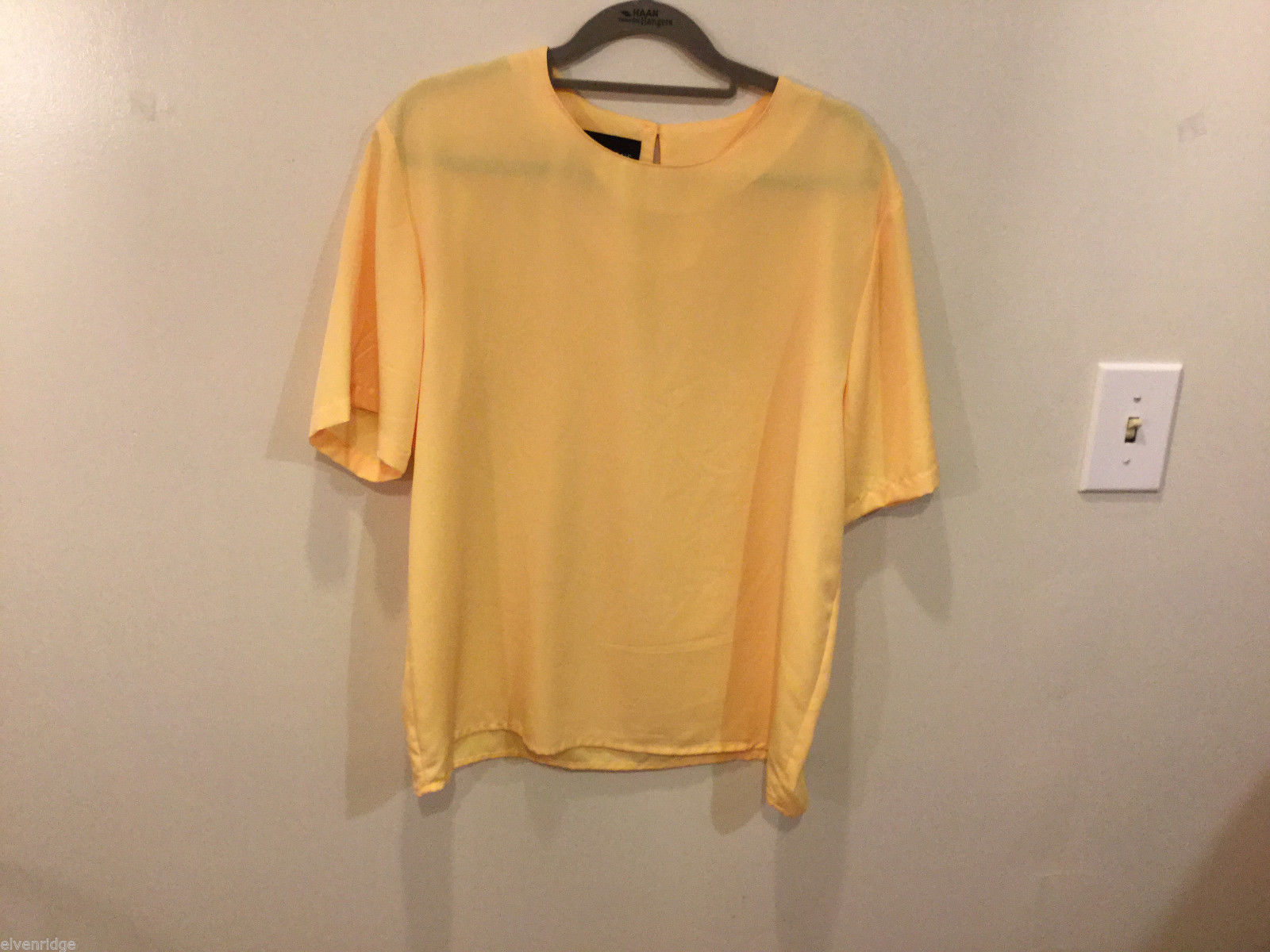 Impressions 100% polyester Simple Light Yellow Blouse Short sleeve, Size M