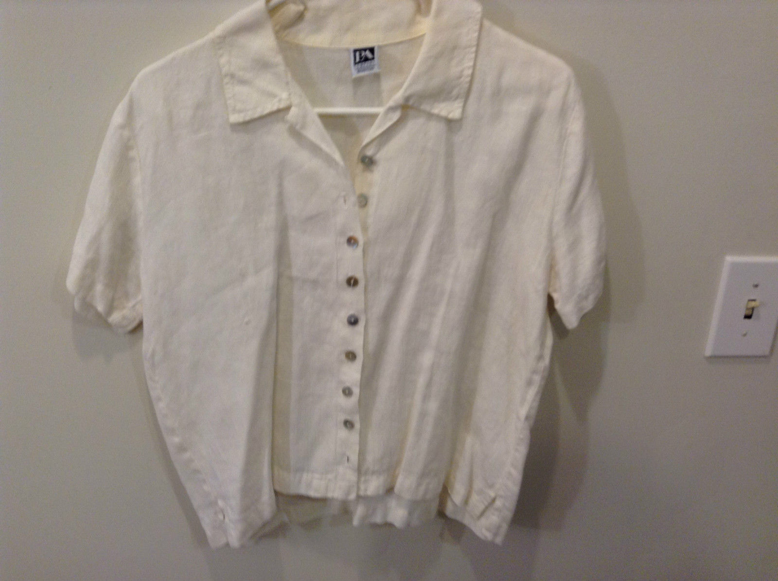 Ivory Linen Short Sleeve Button Front Blouse No Size Tag See Measurements Below