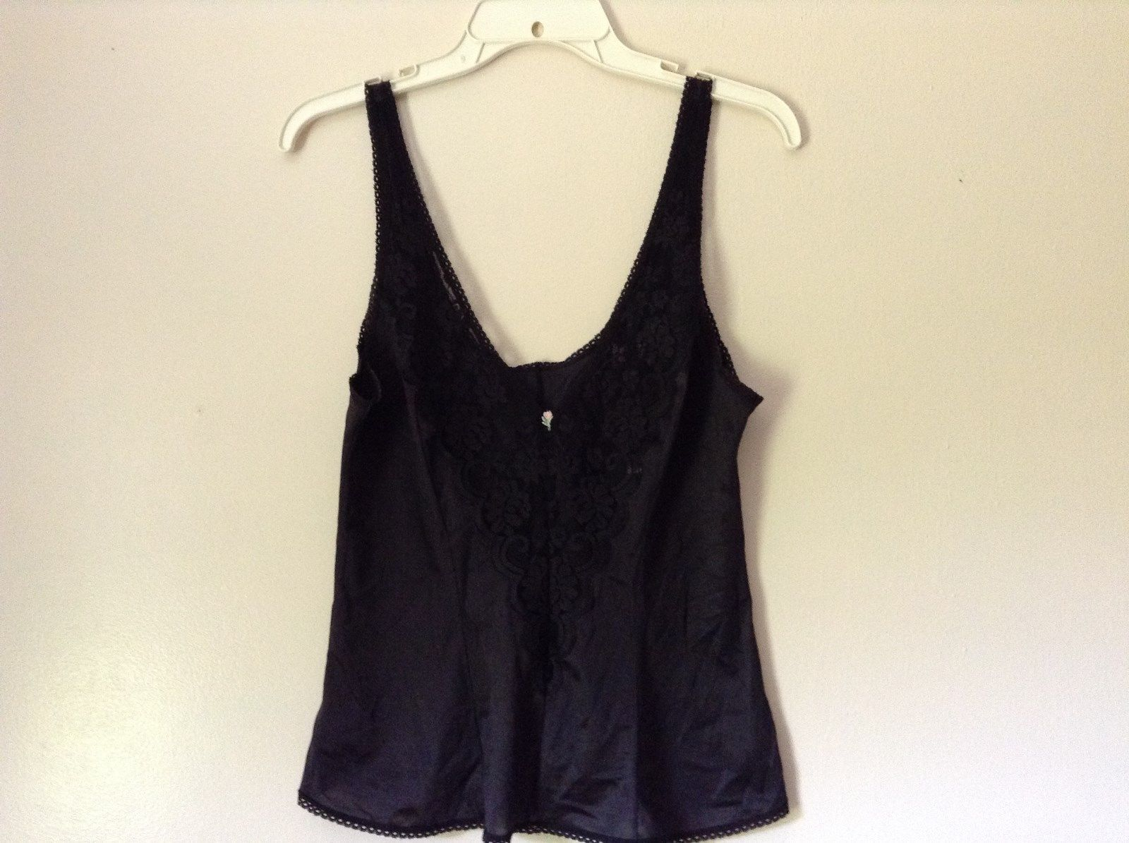 J C Penny Fantasia Lingerie Night Black Camisole Top Laced Rose on Front