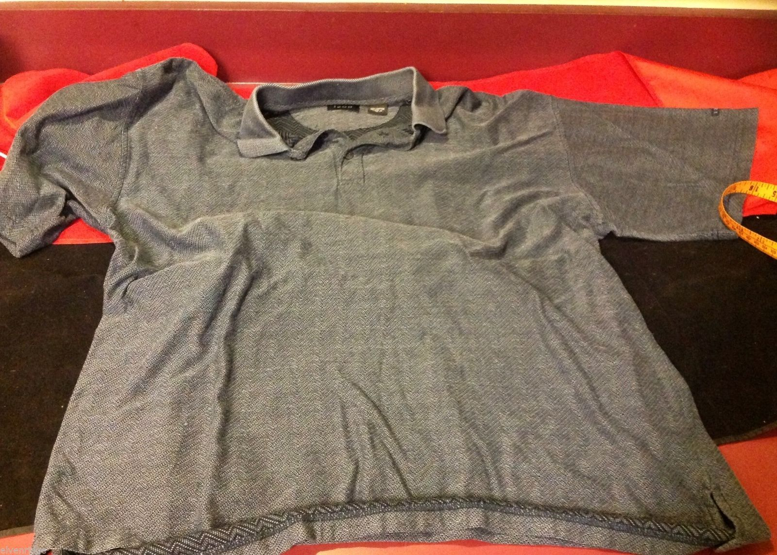 Izod men's shirt in blue gray golf or polo shirt