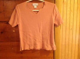 J Jill Size XS 100 Percent Cotton Light Peach Salmon Short Sleeve V Neck Shirt
