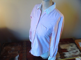 Abercrombie Fitch Light Pink Button Up White Accent Shirt Long Sleeve Size M image 4