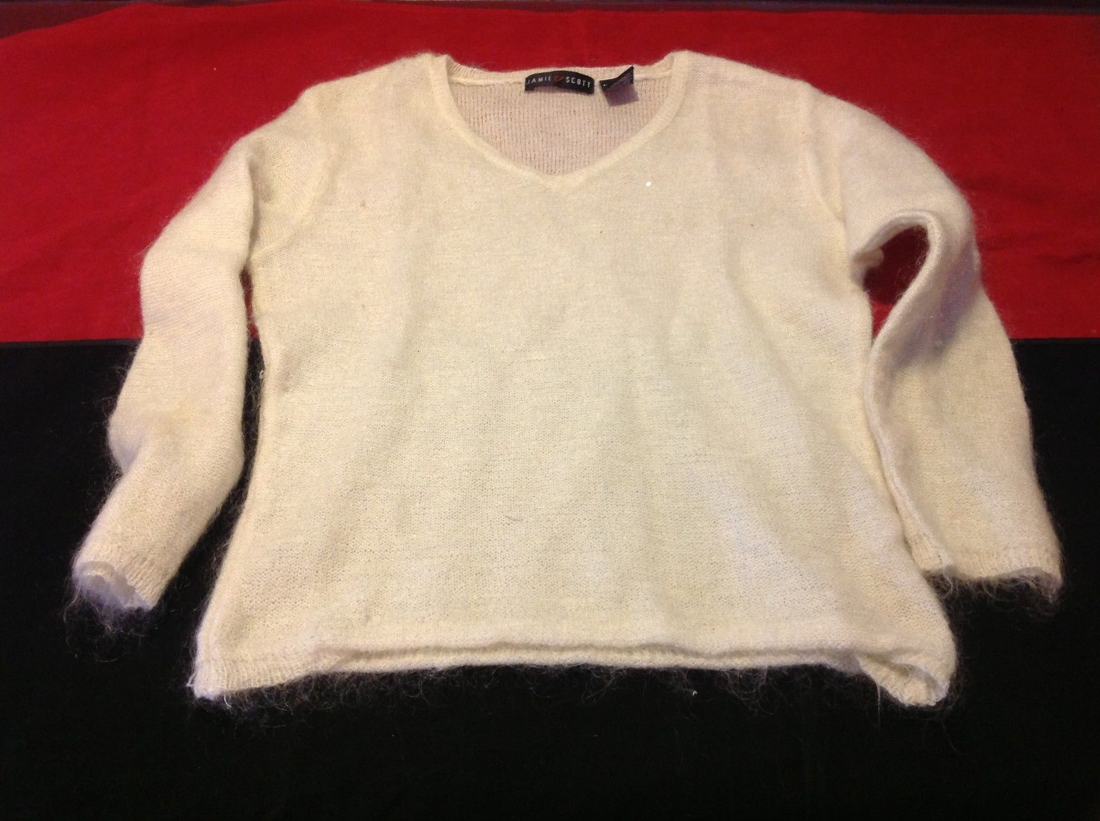 Jamie Scott Women's cream top sweater size medium