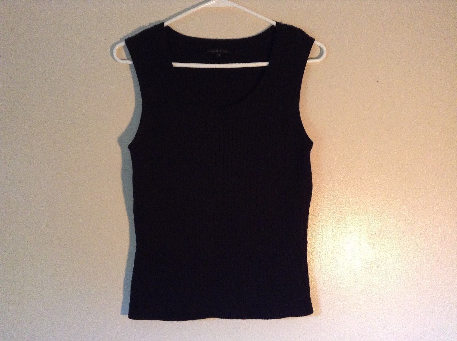 Jeanne Pierre Black Sleeveless Scooped Neck Stretchy Top Size Medium