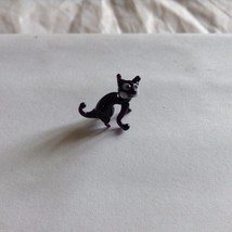 Micro Miniature small hand blown glass creepy black arched back cat made USA NIB