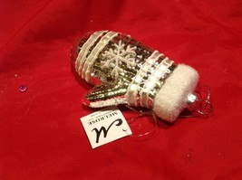 Holiday glass ornament Christmas pink or white mitten with snowflake design image 4