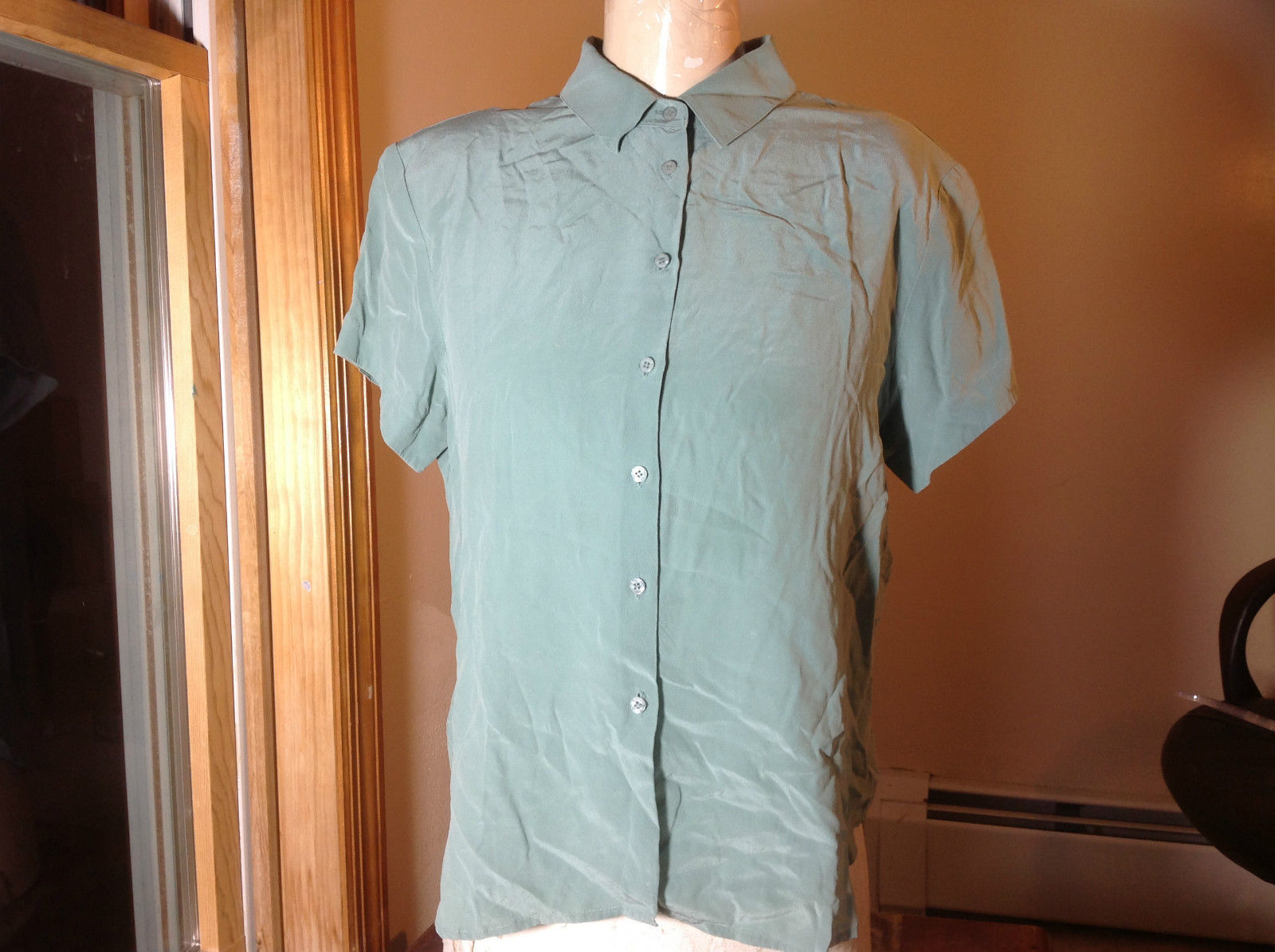 Jones New York Light Teal Button Up Short Sleeve Blouse Shoulder Pads Size 12