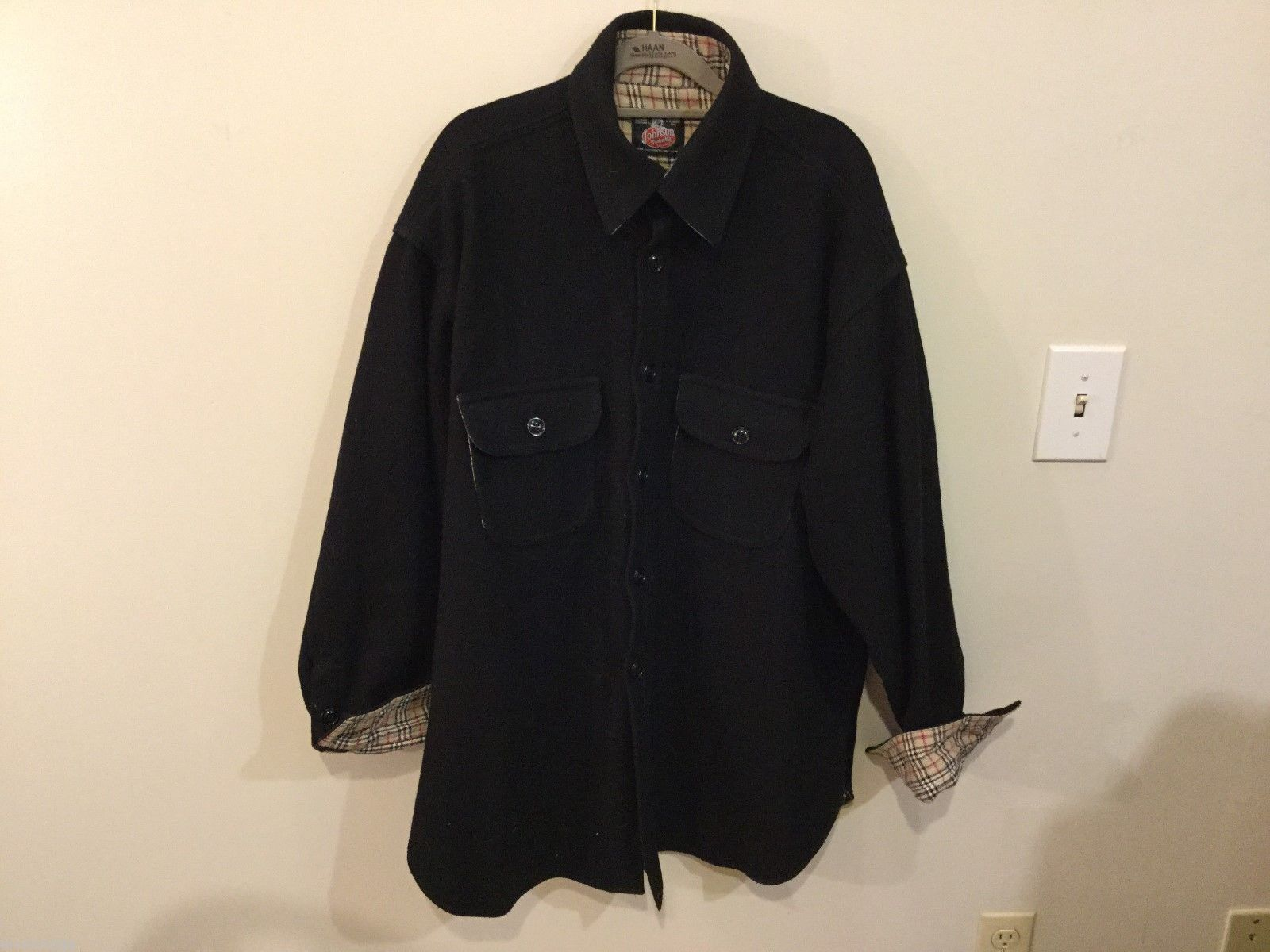 Johnson Woolen Mills Mens Black Coat Size Unknown, See Measurements