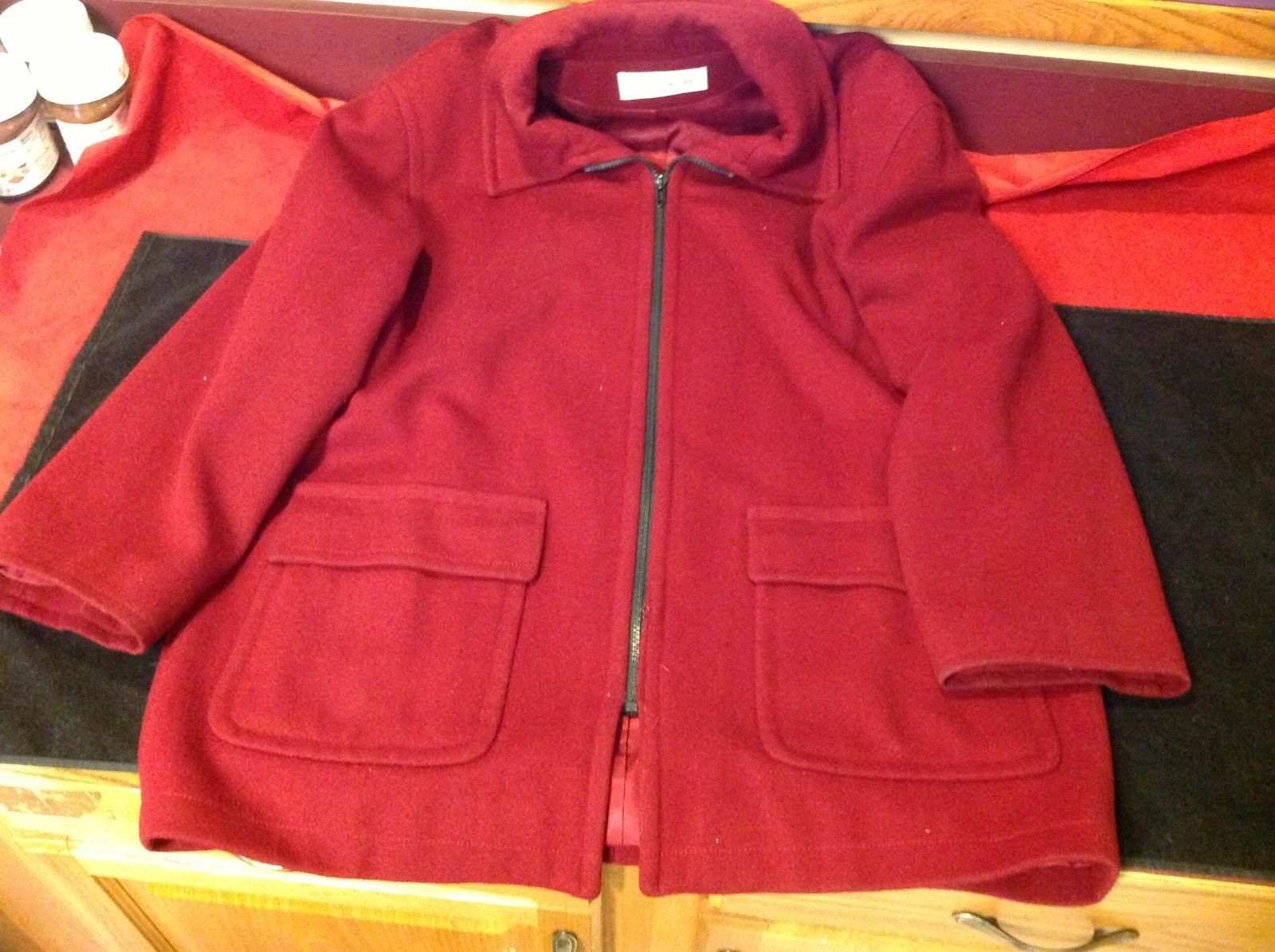 Jones New York Burgundy woman's coat 25w 30L