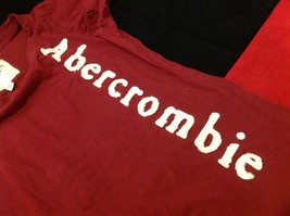 Abercrombie & Fitch short sleeve color maroon image 3