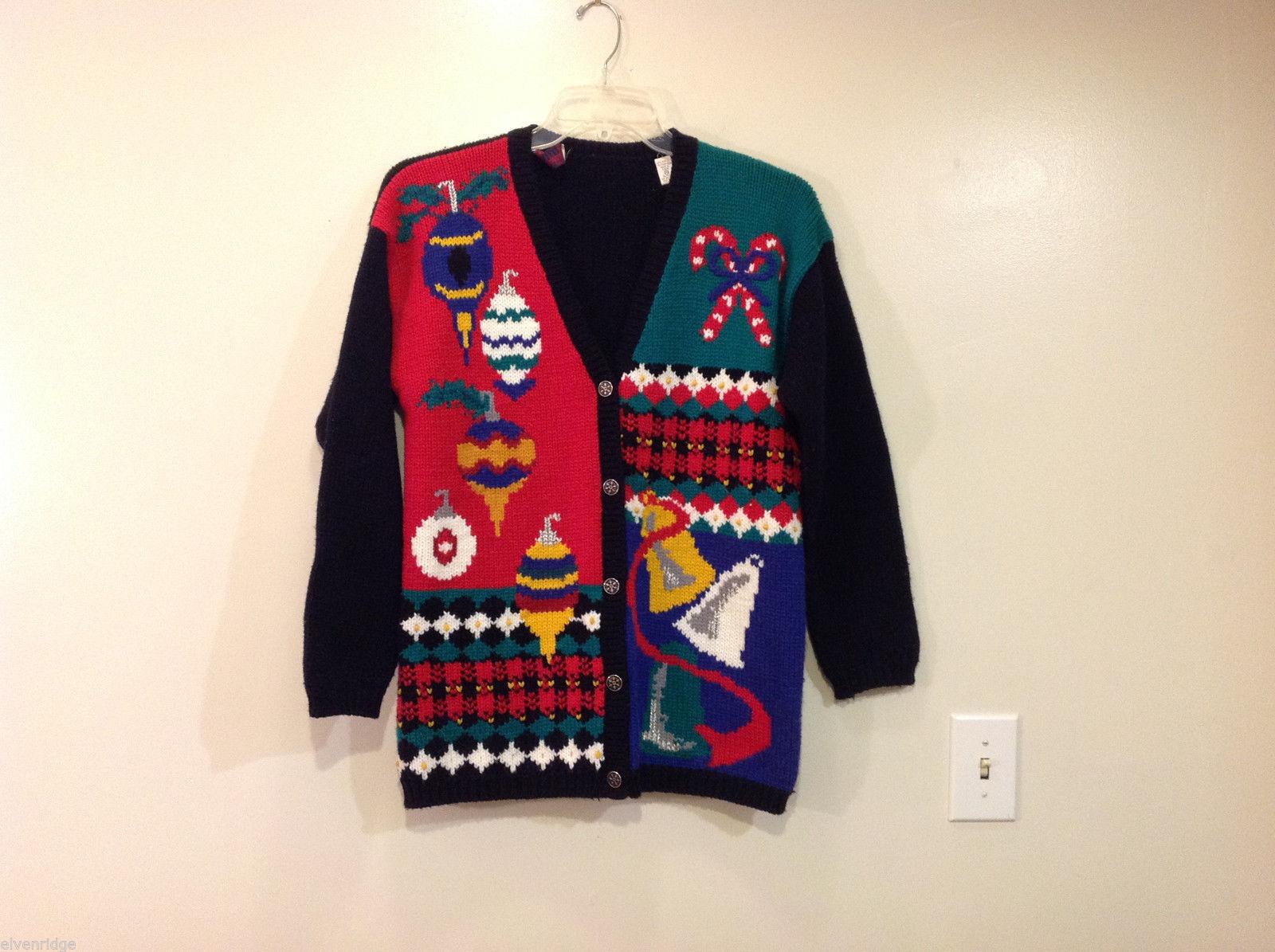 Karen Scott Petites Holiday Motives V-neck Front Buttons Sweater, Size M