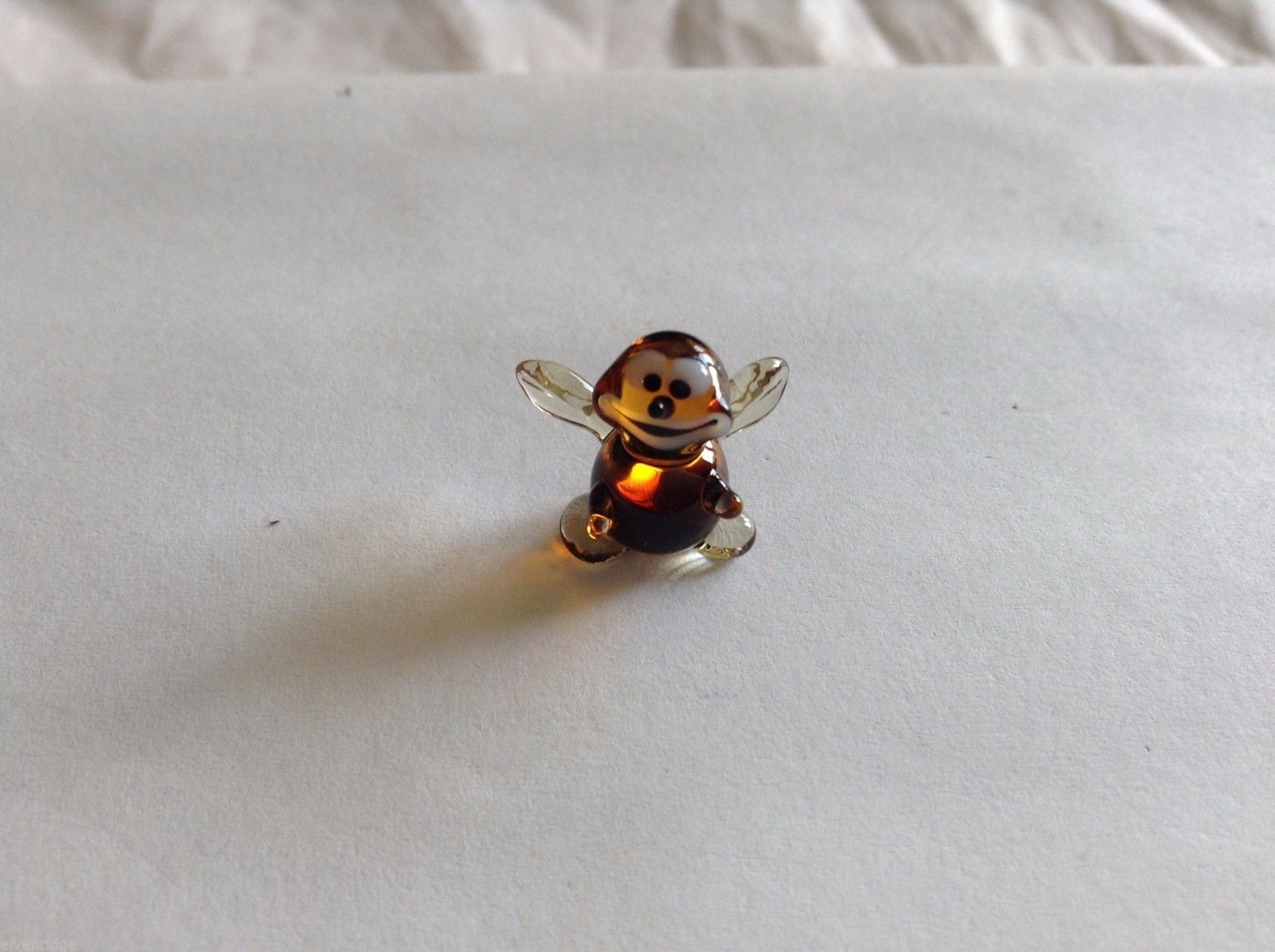 Micro Miniature small hand blown glass made USA bumblebee