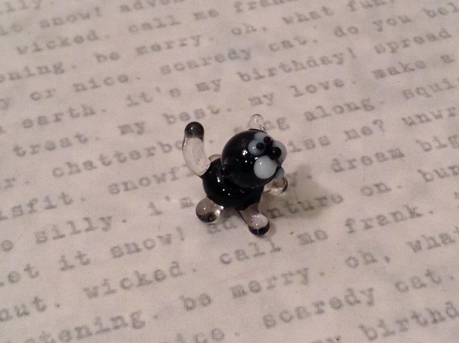 Micro miniature handmade glass figurine tiny black kitty cat USA NIB