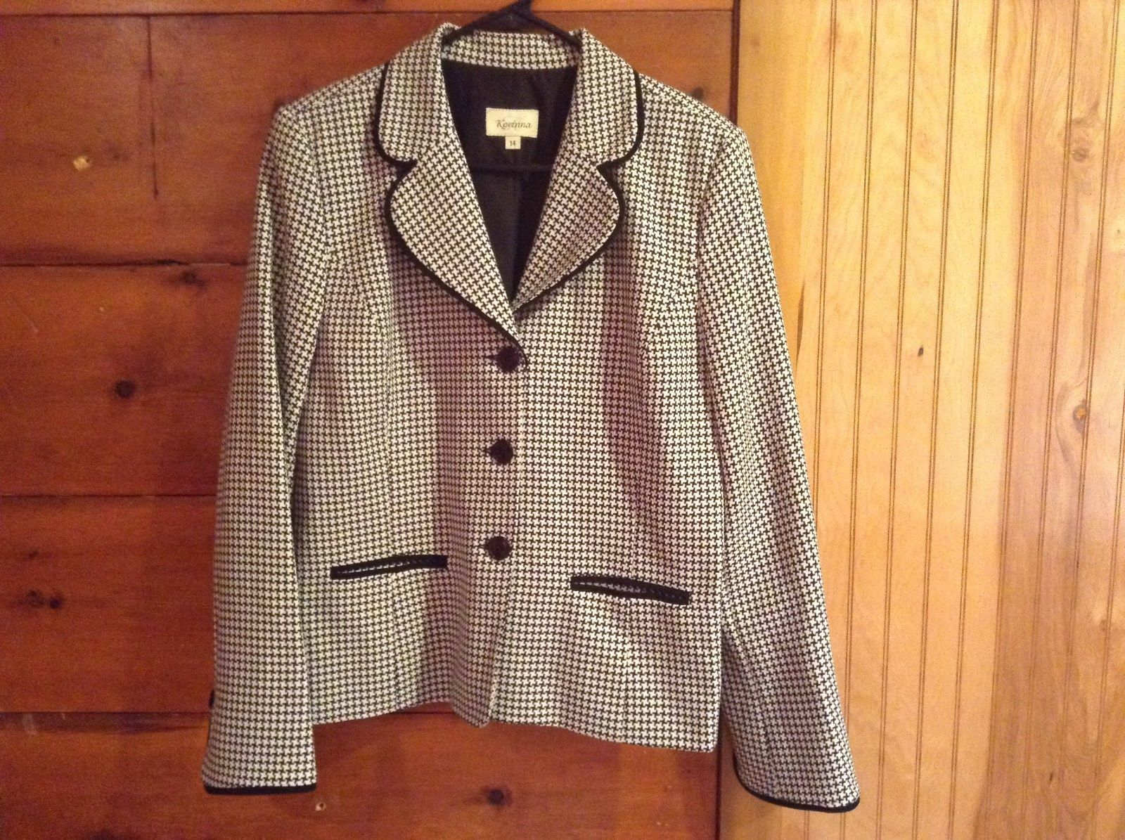Karinna White and Black Print Black Accent Blazer Suit Jacket Size 14