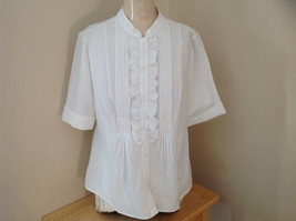Kathy Che White Frilly Pleated Button Up Short Sleeve Shirt Made in China Size M