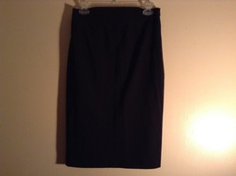 Kingslee Greene Polyester Black Raised Front Skirt Back Zipper Closure Size 6