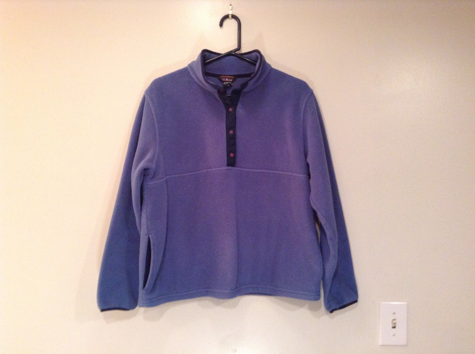 L L Bean Blue with Dark Blue Trim Long Sleeve Fleece Top Side Pockets Size L Reg