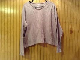 L L Bean Size XL Light Lavender Long Sleeve V Neck Shirt