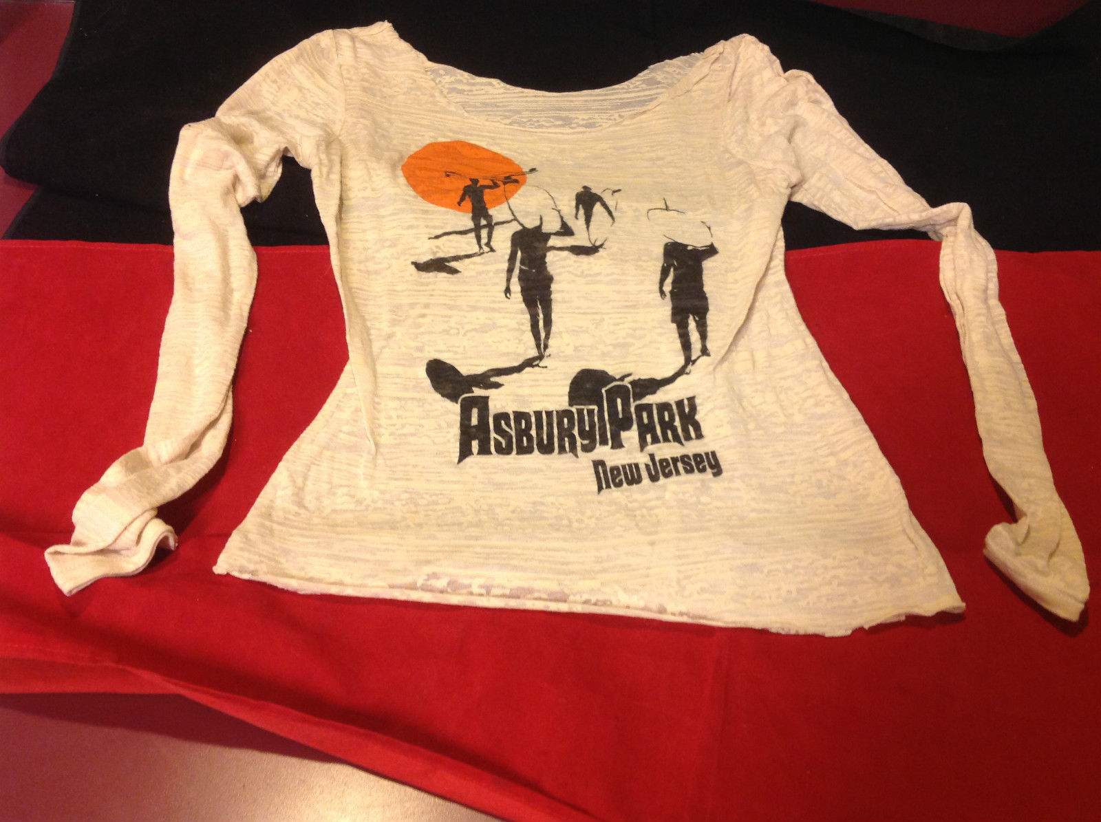 Ladies Asbury Park New Jersey Graphic Long Sleeve Pullover Top Size 14 Inch W