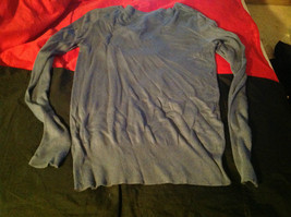 Istenssio Long Sleeve Gray V-Neck Sweater Size Medium image 6
