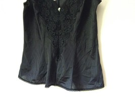 J C Penny Fantasia Lingerie Night Black Camisole Top Laced Rose on Front image 4