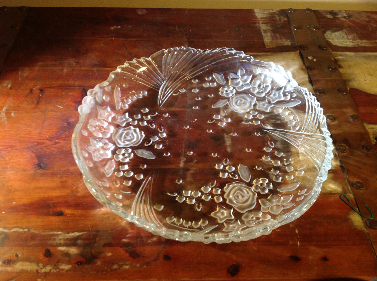 Large Glass Plate Tray with Flower Relief 12 Inches in Diameter