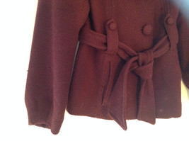 Adorable H and M Maroon Patterned Fabric Belted Peacoat Front Pockets Size 6 image 3