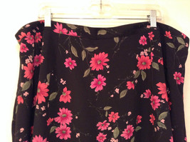 Jaclyn Smith Plus Black with Pink Flowers Skirt Elastic Waist in Back Size 3X image 3