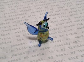 Miniature small hand blown glass light yellow horned owl blue wings made USA NIB