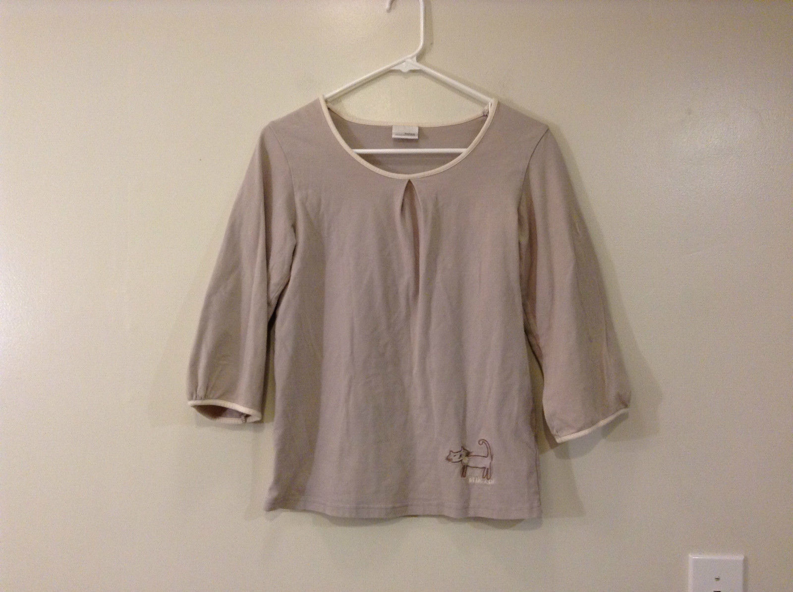 Miss Helen Long Sleeve 100 Percent Cotton Light Gray White Trim Top Size Small