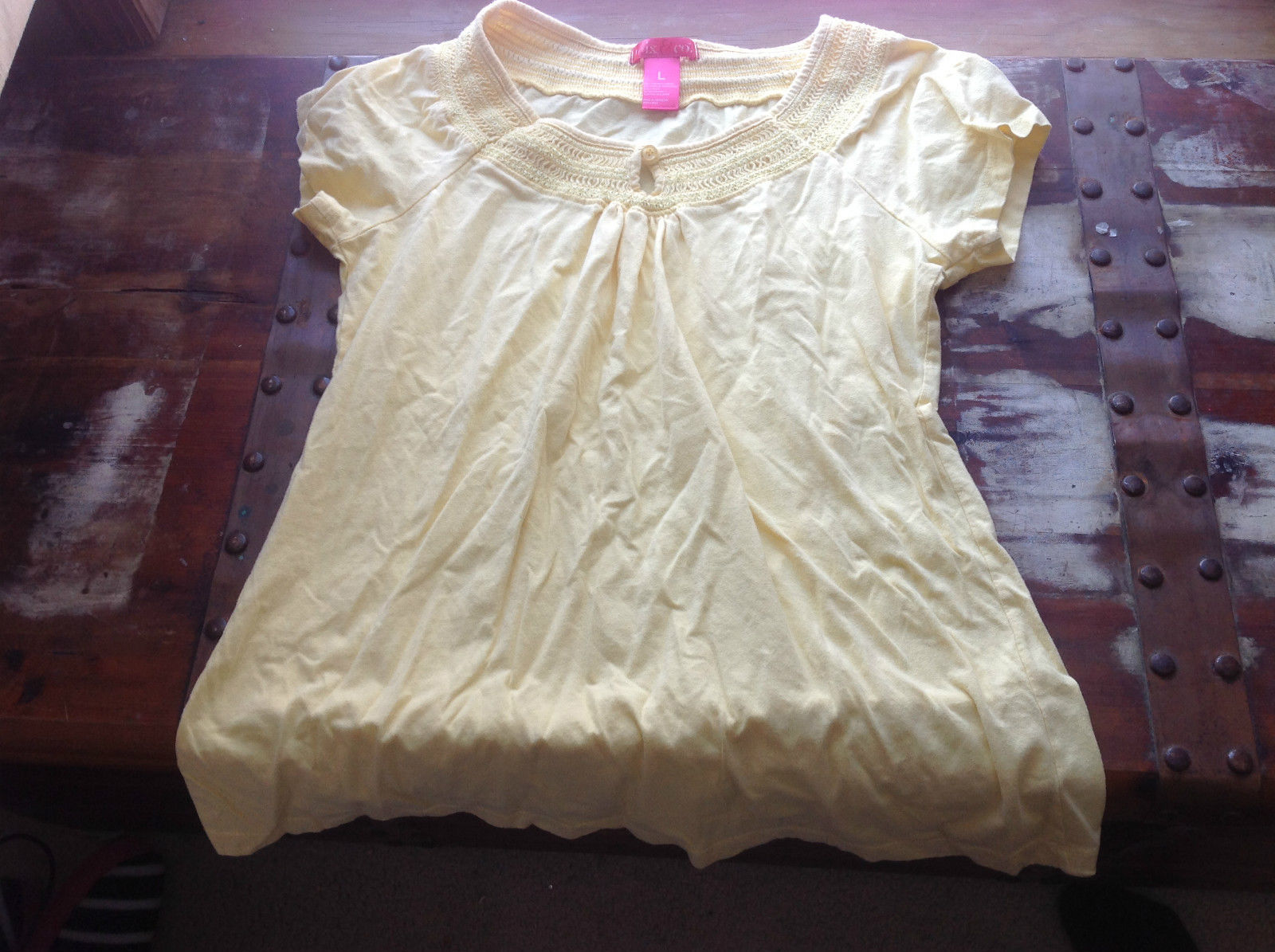 Mix and Co. Short Sleeve Light Yellow Blouse Made in India Size Large