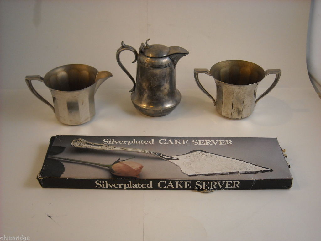 Mixed lot silverplate cake server small pitcher cream sugar set New Amsterdam
