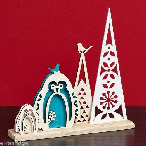 Laser Wood Centerpiece Flourish Woodlands Blue Penguin   Centerpiece