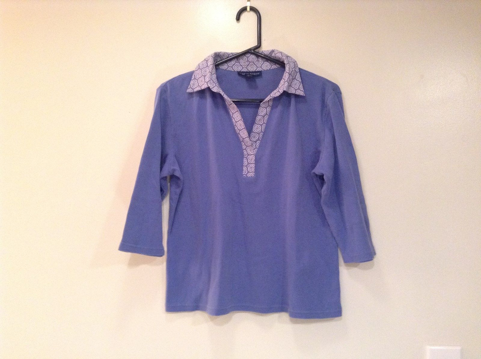 Lavender Blue Karen Scott Three Quarter Length Sleeves V Neck Top Size Medium
