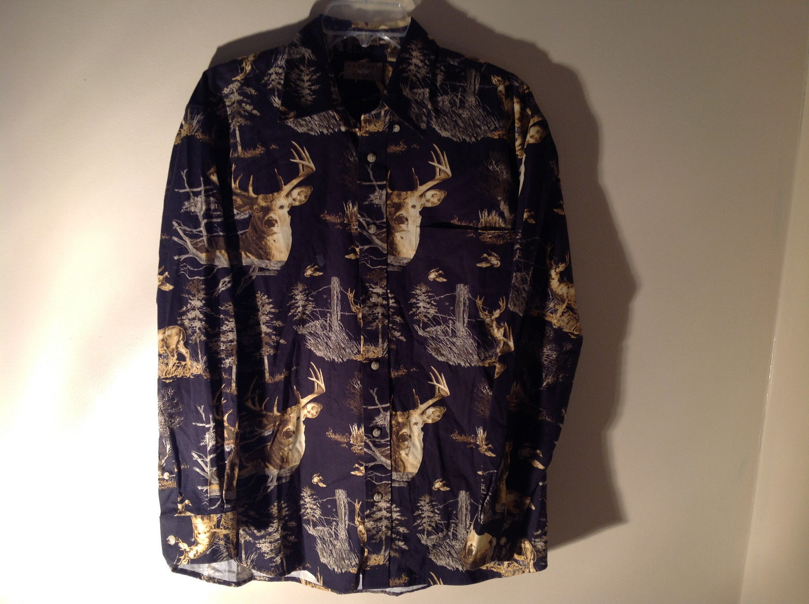 Natural Issue Deer Graphic Casual Button Up Collared Long Sleeve Shirt Size M