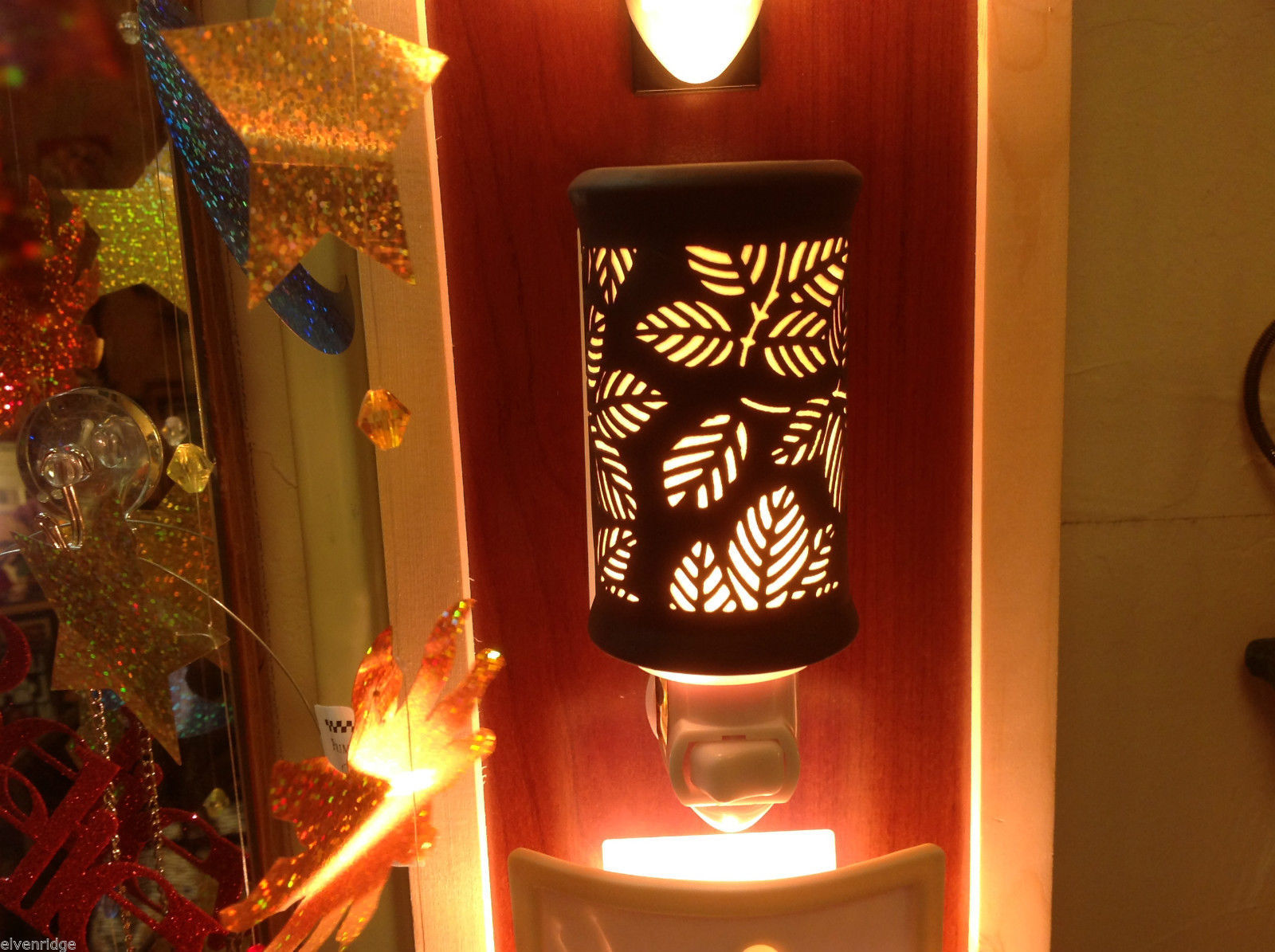 Leaves Silhouette Black and white etched Porcelain Night light with bulb NIB