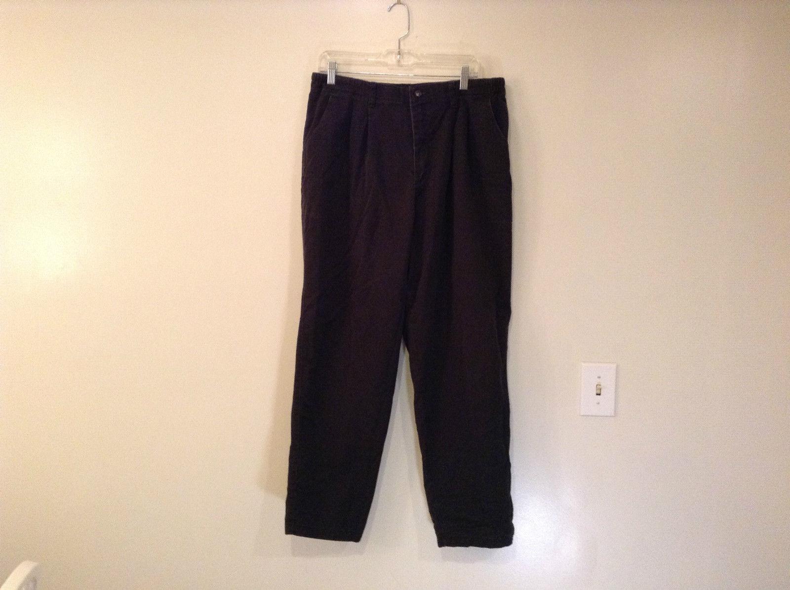 Lee Size 18 Medium Black Pants Elastic Inserts on Waist Pleats on Front