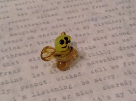 Micro miniature hand blown glass figurine USA smiling yellow honeybee NIB image 2