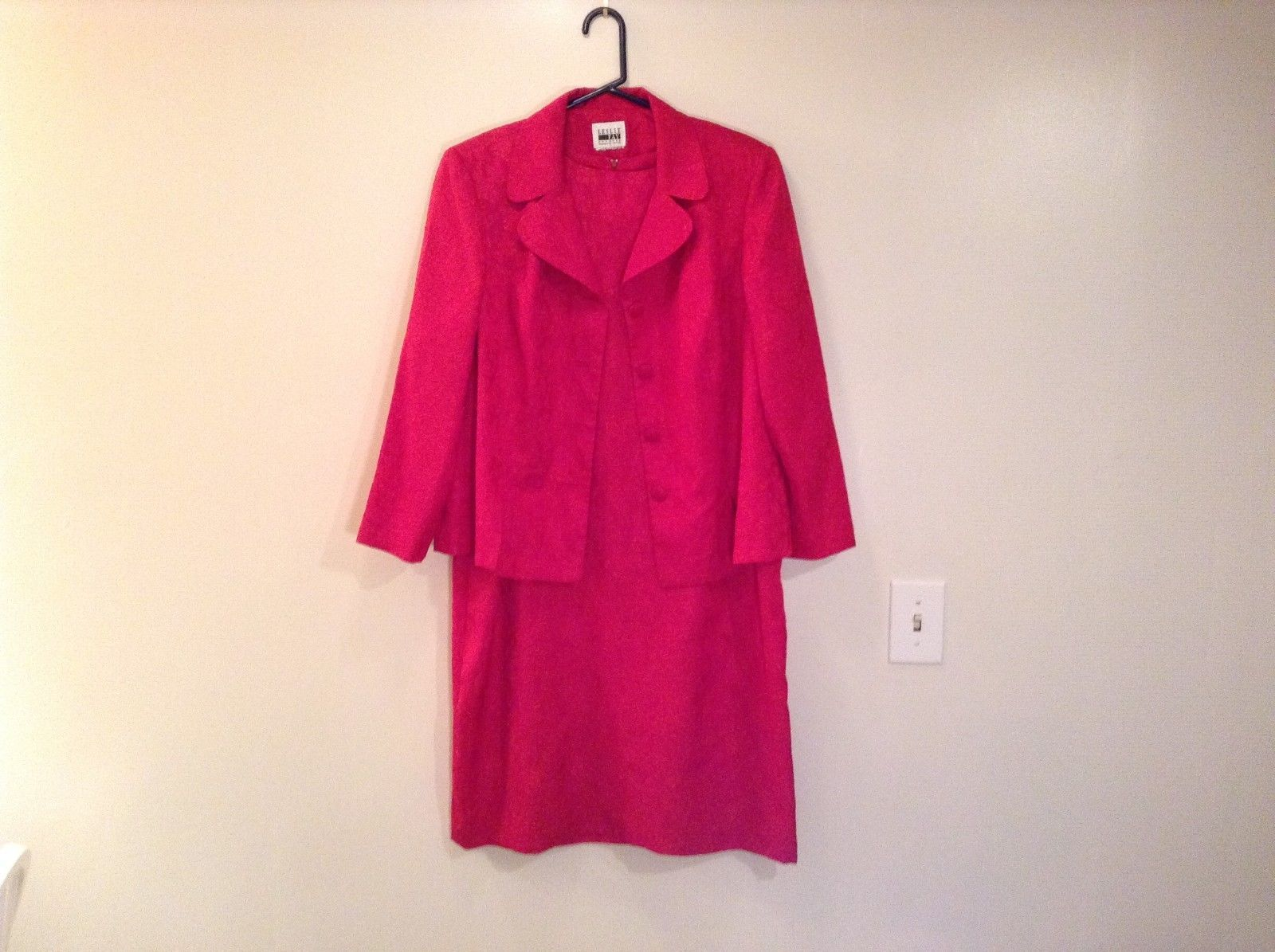 Leslie Fay Petite Red Dress and Jacket Suit Unlined Zipper Closure Back of Dress