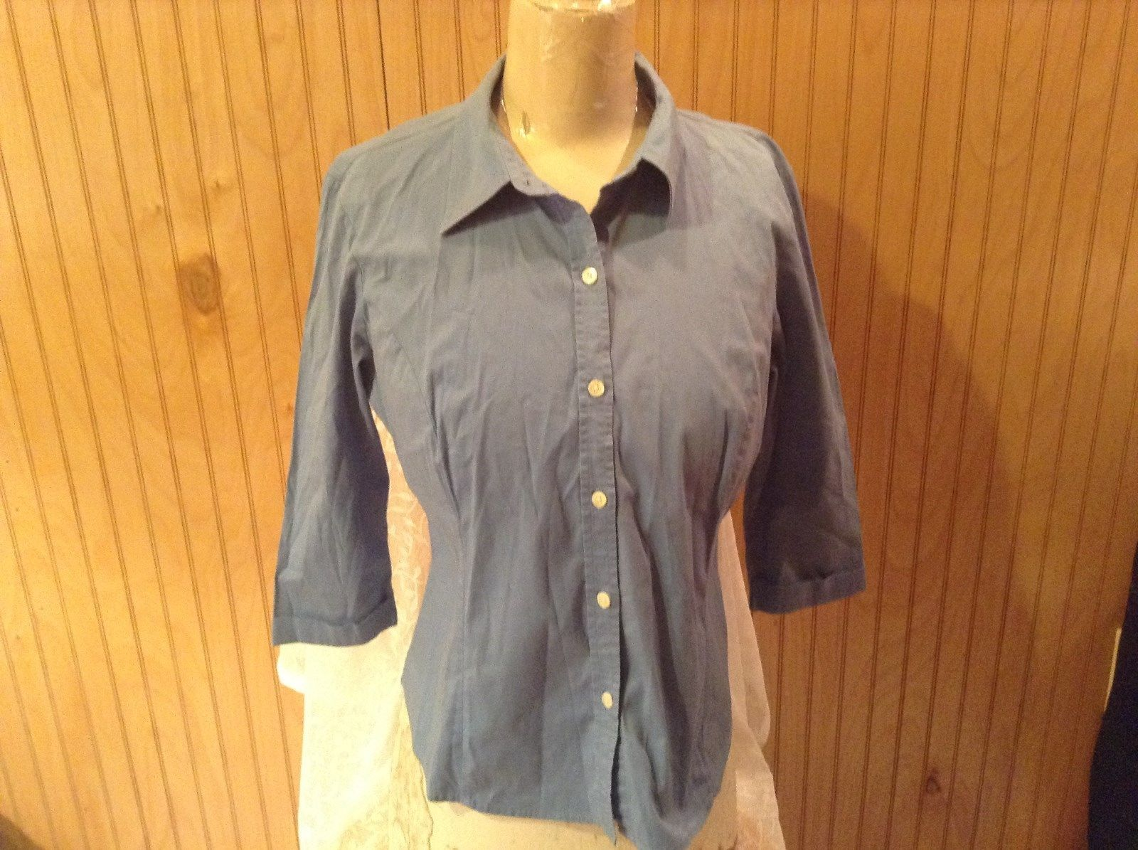 Light Blue Button Down Shirt Stretch Size Medium by GAP Semi Long Sleeves
