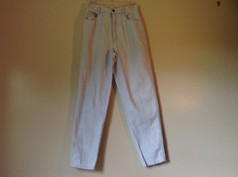 Light Blue Bill Blass 100 Percent Cotton Jeans Size 8 Front and Back Pockets