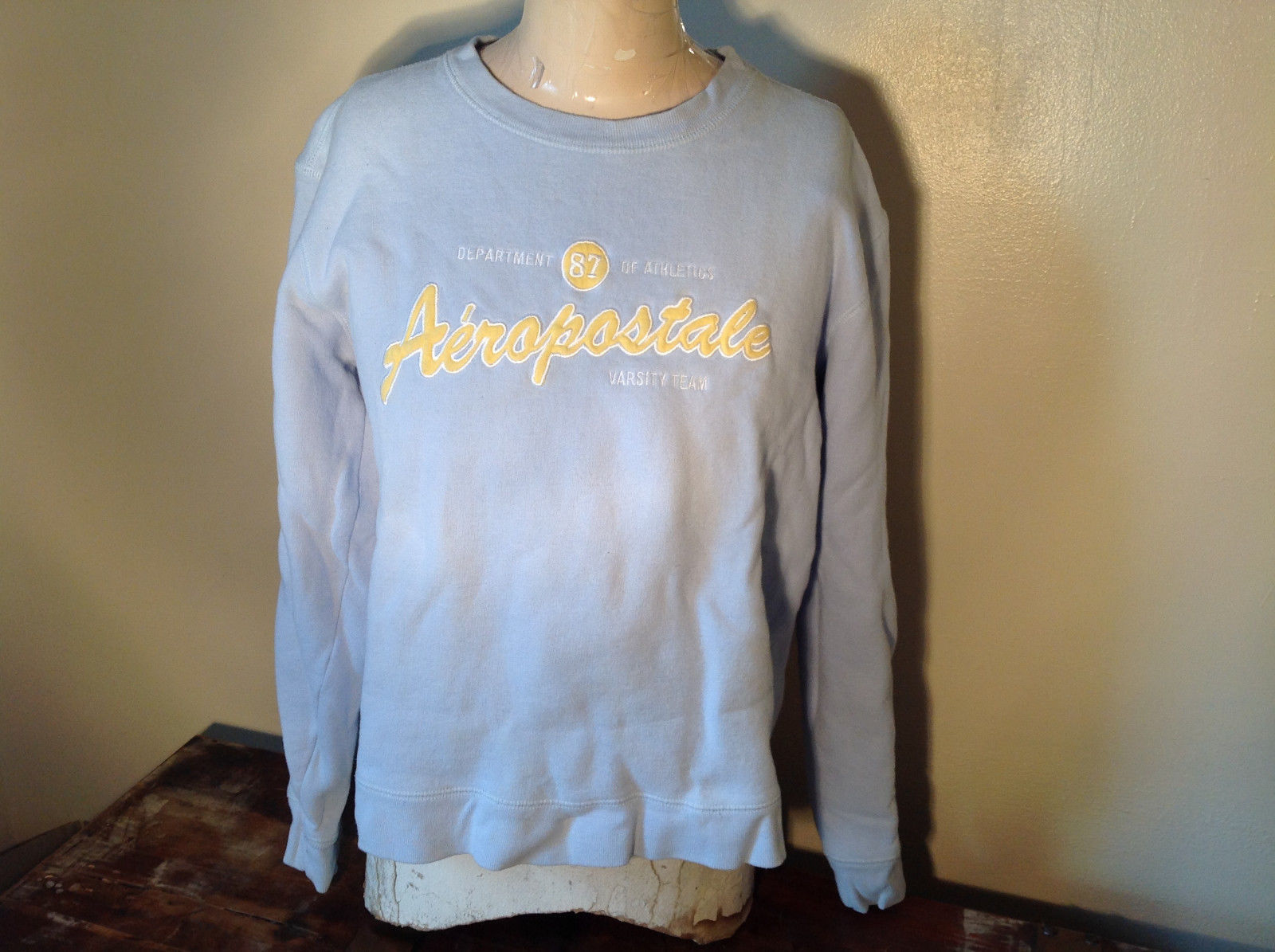 Light Blue Long Sleeve Aeropostale Graphic Sweatshirt Yellow Lettering Size M